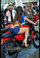 "Photo of publication ""Moto Park 15. Looking for spare parts."", author Эдуард@fotovzglyad, Tags: [exhibitions, Motor Park, events, exhibitions in 2015, motorcycle (bike), astride a motorcycle, bare legs, denim shorts]"