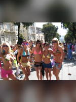 """Best 10"" competition ""November 2020, best photos of the month"": ""Bay San Francisco bikini breakers, 2009"", author: Pepe Gonzalez (<a href=""https://www.fotoromantika.ru/#id=18842&imgid=152107"">photos in the publication</a>)"