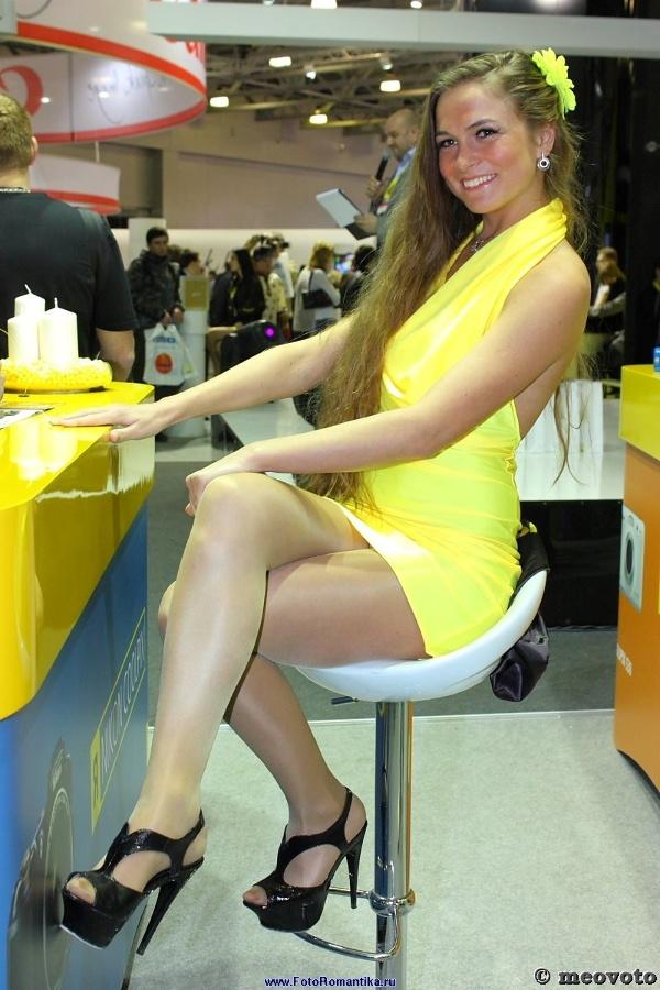 FOTOFORUM'12 : lady in yellow :: meovoto