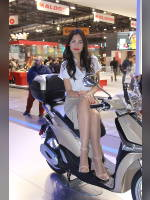 """""""Best 25"""" competition """"May 2021, best photos of the month"""": """"EICMA 2018 girl"""", author: themax2 (<a href=""""https://www.fotoromantika.ru/#id=22157&imgid=174699"""">photos in the publication</a>)"""