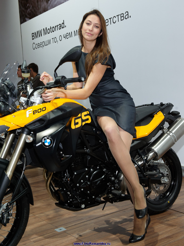 Moscow Motor Show 2008 - Tatiana stand with BMW :: Эдуард@fotovzglyad