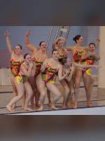 """Best 25"" competition ""November 2020, best photos of the month"": ""College Synchronized Swimming, McGill Invitational, Montr&#233;al, 15 November 2014"", author: proacguy1 (<a href=""https://www.fotoromantika.ru/#id=18823&imgid=151993"">photos in the publication</a>)"