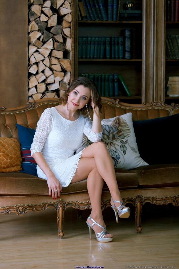 Alenka in white :: Kostya Romantikov