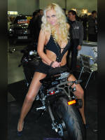 """photo from the publication """"Moscow Tuning Show 2011. Victoria with a friend."""", author Иван, Tags: [exhibitions, pantyhose (tights) skin color, Moscow Tuning Show, short shorts, shoes black, heels, blonde, events of 2011, Victoria (Vic) Yevtushenko, events, car show]"""