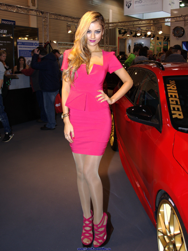 Essen Motorshow 2014 - Veronika Klimovits (Miss Tuning 2014) :: Klaus