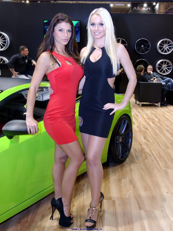 Essen Motorshow 2014 - Mandy Lange, Silvia Hauten :: Klaus