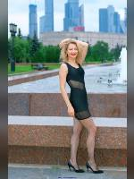 """""""Best 25"""" competition """"February 2020, best photos of the month"""": """"Sveta in Victory Park - little black dress 1"""", author: Kostya Romantikov (<a href=""""https://www.fotoromantika.ru/#id=18424&imgid=149063"""">photos in the publication</a>)"""