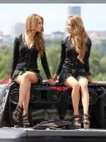 "photo from the publication ""Kiev Motorshow(SIA) 2013 - Part 2"", author Bootsman, Tags: [exhibitions, cleavage, Kyiv International SIA Motor Show, Ukraine, Kiev, sandals, black skirt, naked legs, short skirt (miniskirt), events, car show]"