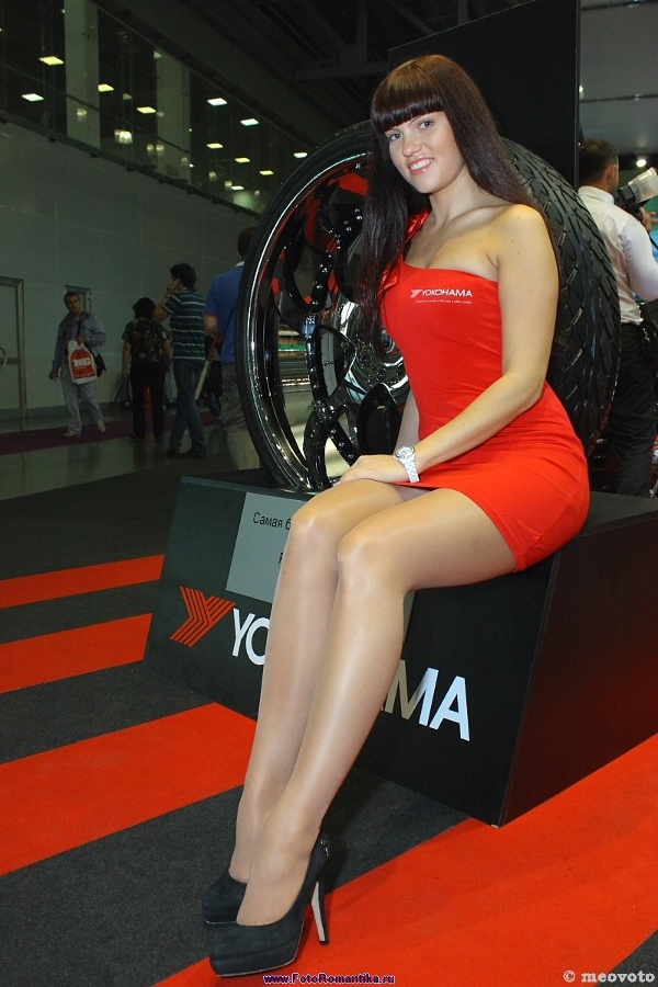 Interauto'11: girls of the exhibition :: meovoto
