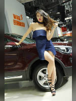 """Best 25"" competition ""March 2021, best photos of the month"": ""Car show girls 2017"", author: 弟弟 sun (<a href=""https://www.fotoromantika.ru/#id=21201&imgid=166952"">photos in the publication</a>)"