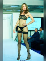 """photo from the publication """" CPM-17. Autumn. The show part 2"""", author Эдуард@fotovzglyad, Tags: [exhibitions, black bra, stocking tops visible, defile, , stockings fishnet black, sandals, panties black, in lingerie, high heels, events, events of 2017]"""